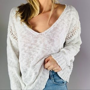 American Eagle White Cotton V Neck Slouchy Sweater